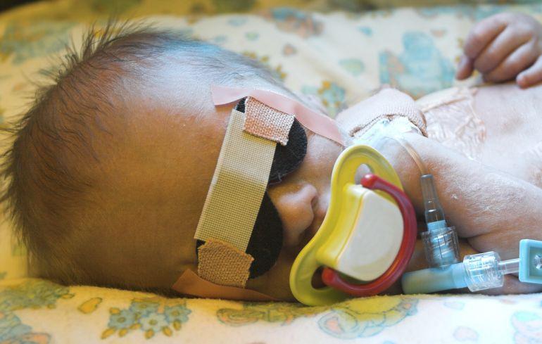 Investigación sobre la enfermedad de un bebé