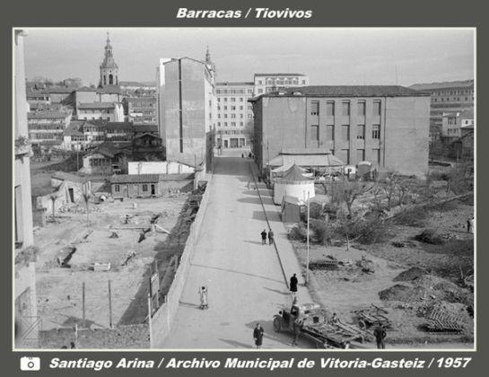 Fotos antes de ser el edificio de hacienda fue un for Oficinas de hacienda en sevilla
