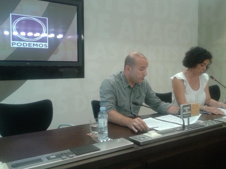 Gamarra y Sanz, de Podemos, han cuestionado que no se recorten las horas de religión