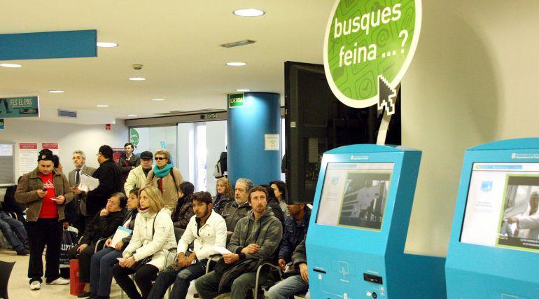 Temporalitat mercat laboral contractes d un mes els m s for Oficina de treball barcelona