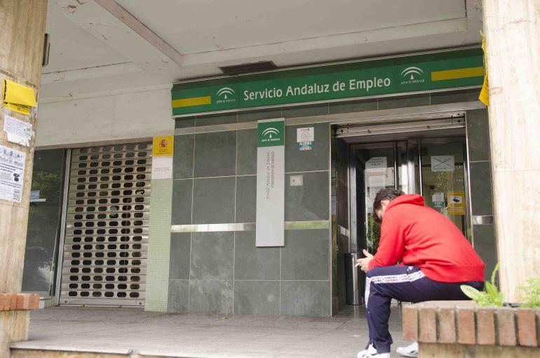 M laga vuelve a superar los 175 000 parados m laga for Oficina de desempleo malaga