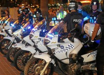 fiscal acusa extorsi coacciones nueve polic locales detenidos