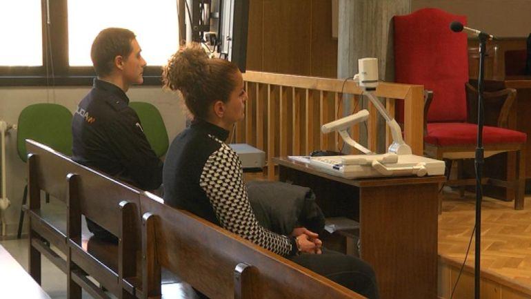 Juicio a una madre acusada de raptar a su propio hijo en 2011 del centro de acogida de Aldeas Infantiles en Redondela