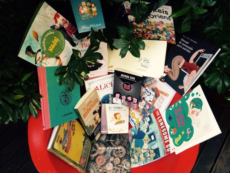 Escudella literària amb galets farcits de recomanacions nadalenques