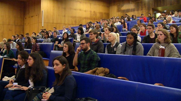 Este cuatrimestre cursarán sus estudios en la Universidad de Vigo 157 alumnos extrenjeros de 35 países