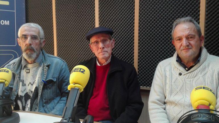 Antonio Lucena, primero por la izquierda, denuncia manipulación, amiguismo y juego sucio en el entorno de los enfermos mentales.