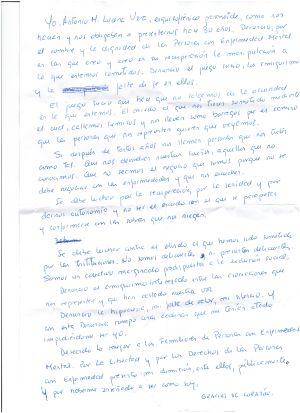 Escrito en el que Antonio Lucena presenta su dimisión como representantante de los enfermos en las asociaciones de familiares de enfermos mentales.