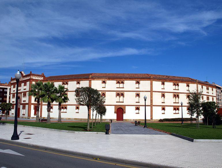 Vista de la Plaza de Toros del Bibio
