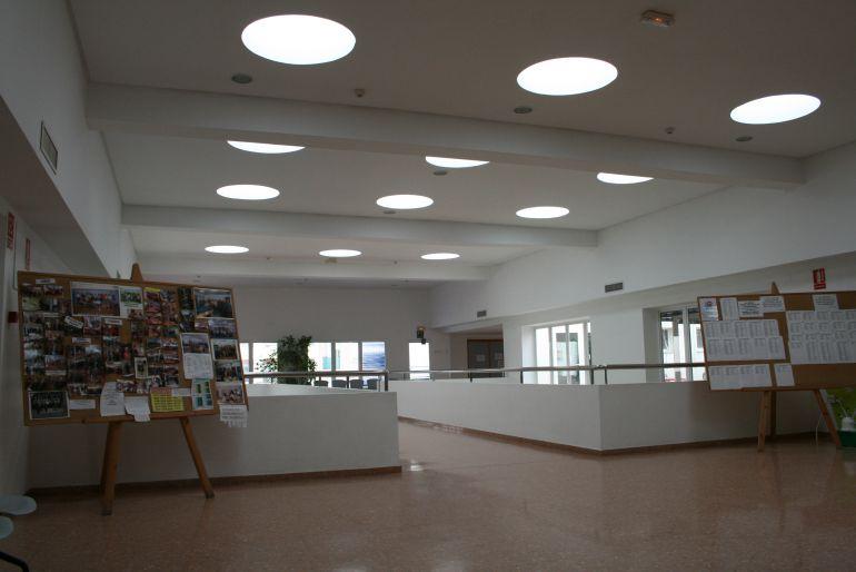 Una oficina local y un observatorio antidesahucios para for Oficina de empleo elche