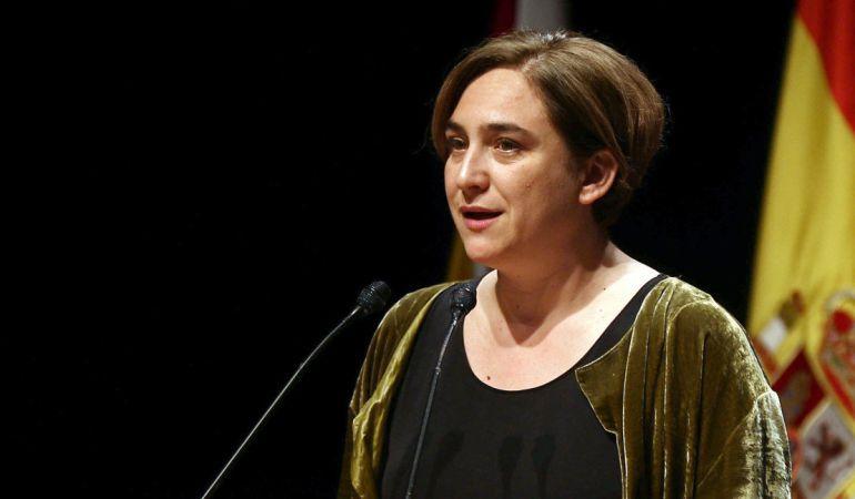 La alcaldesa de Barcelona, Ada Colau, durante su discurso en la cena de bienvenida a los asistentes al Mobile World Congress, el pasado 21 de febrero.