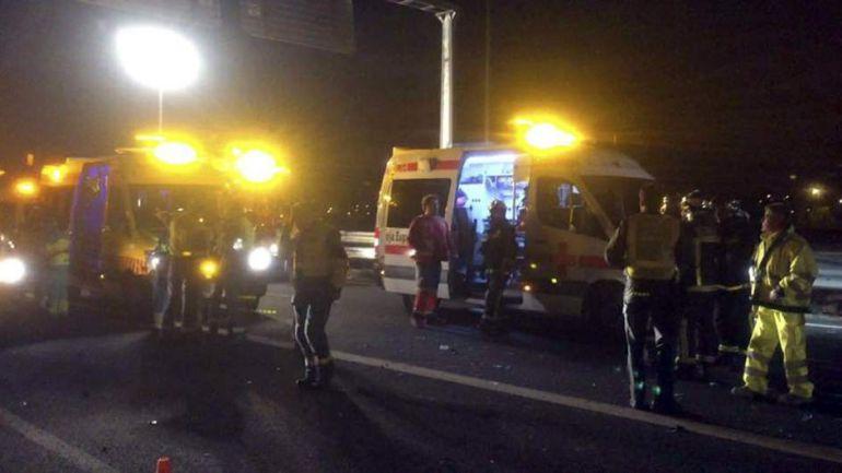 M laga tr fico dos muertos en un accidente de tr fico en for Oficina de trafico en malaga