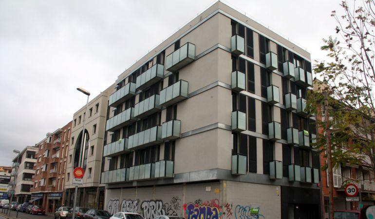 Tarragona cau un 3 5 la compravenda d habitatges ser for Pisos de bancos en reus