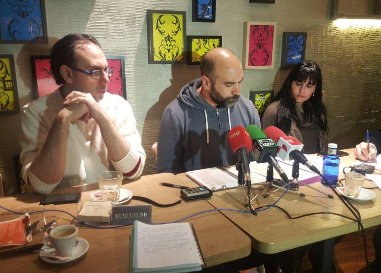Ricardo López (c) procurador de Podemos en las Cortes de Castilla y León