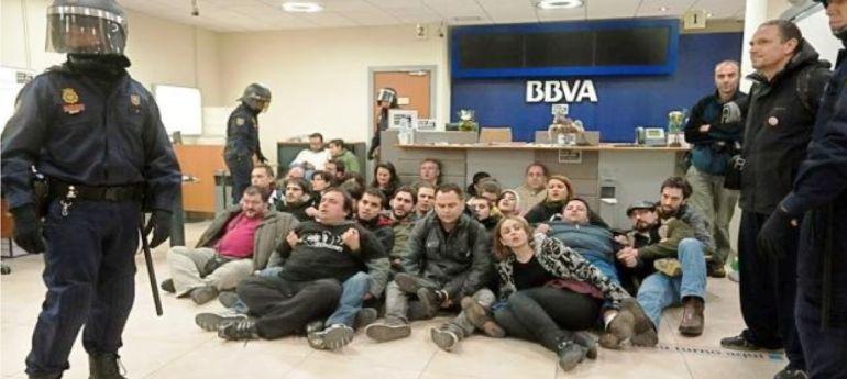 Visto para sentencia del juicio contra las 35 personas que for Oficina zona azul talavera