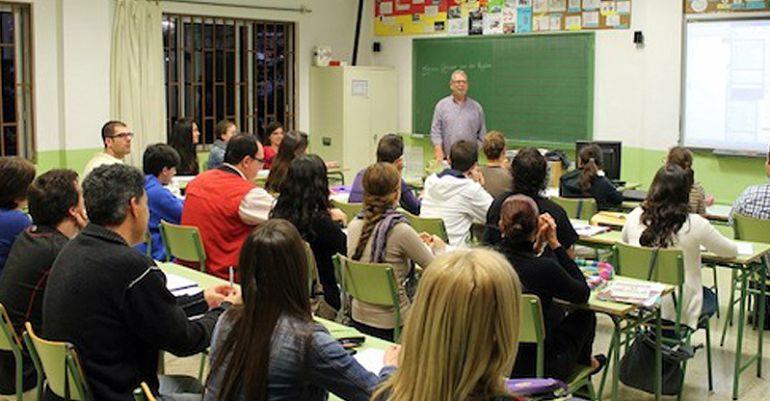 Upyd reclama una sede de la escuela oficial de idiomas en for Escuela danza san sebastian de los reyes