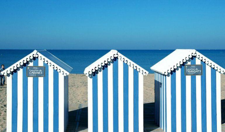 Casetas de ba o en las playas valencianas la agencia for Casetas para banos