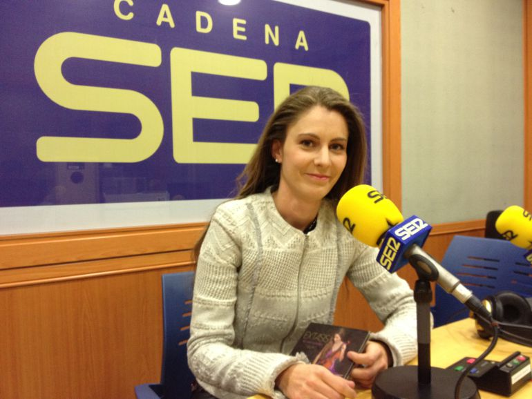 Klara Gomboc, la violinista de la Puerta del Puente