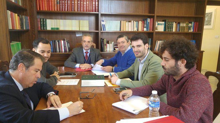 """Serrano dice que quiso """"hacer un favor a la Guardia Civil"""" con la obra de Fitonovo"""