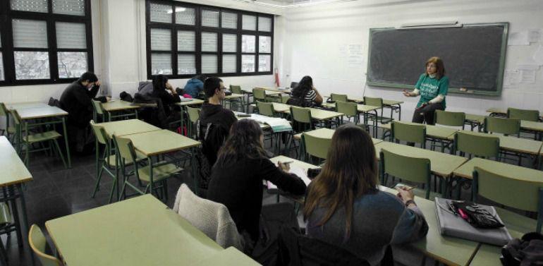 La asamblea aprueba que los interinos trabajen el curso - Cursos universitarios madrid ...