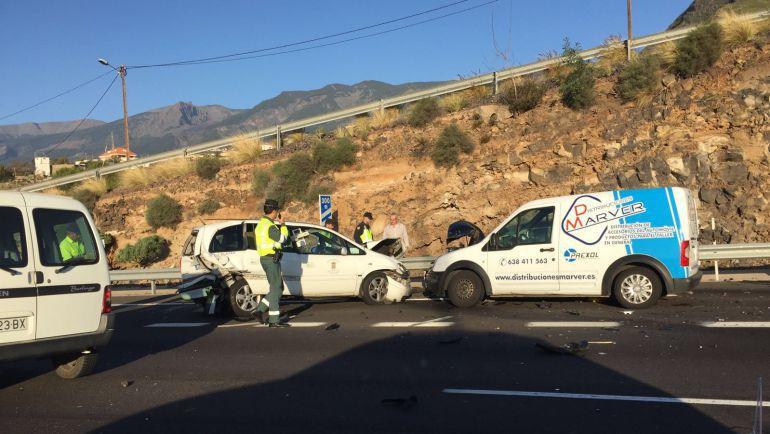 El estado de las carreteras principal causa de accidentes for Autoescuelas santa cruz de tenerife