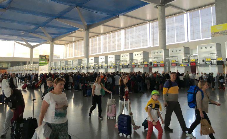 La terminal malagueña recibirá 13,3 millones de pasajeros hasta finales de octubre