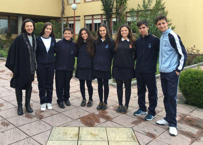 Alumnos del colegio la Inmaculada