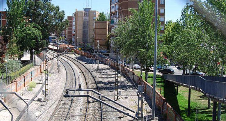 Mejoras en las v as de cercan as entre las estaciones de for Piscina el soto mostoles
