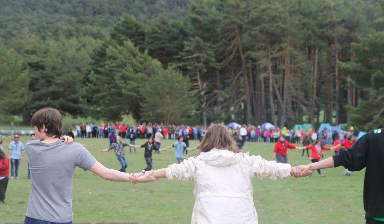 El objetivo de la gran acampada de los scouts madrileños es concienciar de la situación que sufren otros niños y jóvenes del mundo