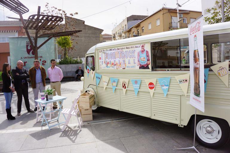 Presentación de la primera ferial Food Truck de Armilla(Granada)