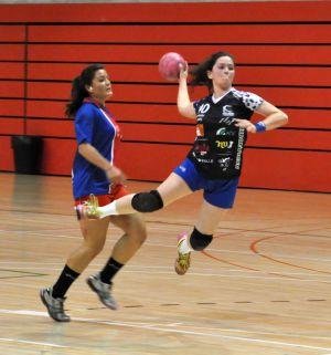 La juvenil Alba García debutó con gol