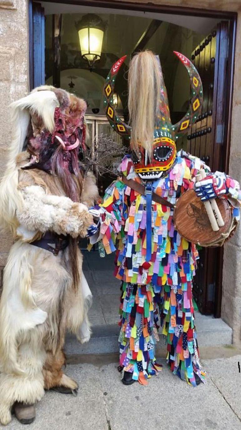Tradiciones de la provincia de c ceres las caranto as y for Bazar la iberica