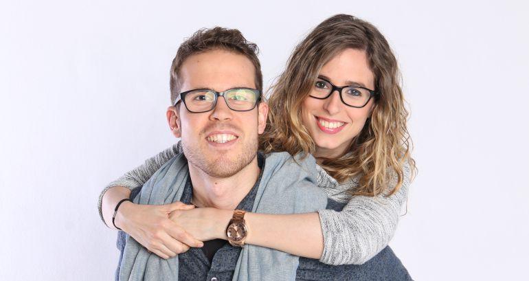 Marc Orozco i Xènia Roset, conductors del nou programa de SERCat 'Deixa'm Tastar'