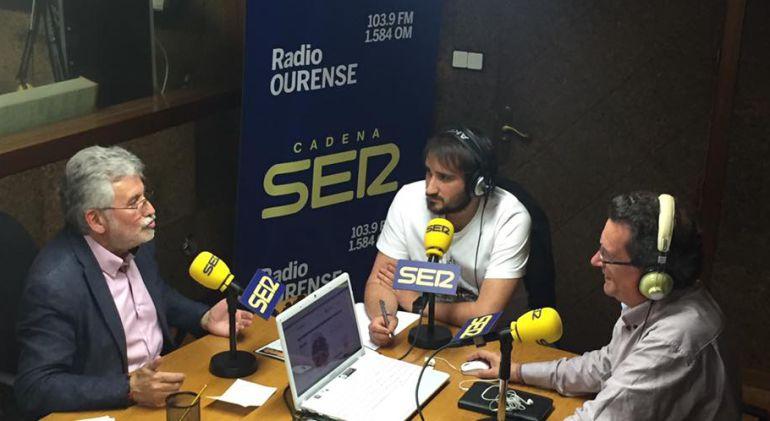 Rosendo Fernández, con Iago Peleteiro y Pepe González