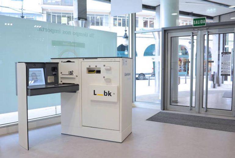 liberbank tiene que legalizar las obras de sus oficinas de
