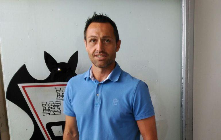 Jos manuel aira entrenador del alba radio albacete for Manuel alba