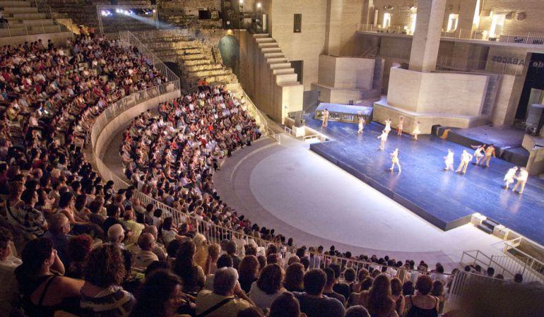 La seguridad de los teatros de Culturarts no se revisa desde 2012 1466509209_985479_1466509407_noticia_normal