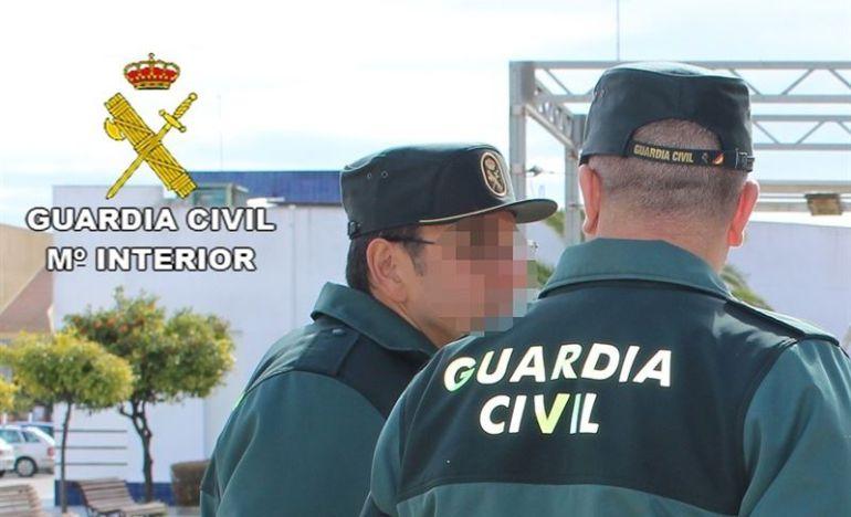 Detenido un hombre por retener y amenazar de muerte a la for Ministerio del interior guardia civil