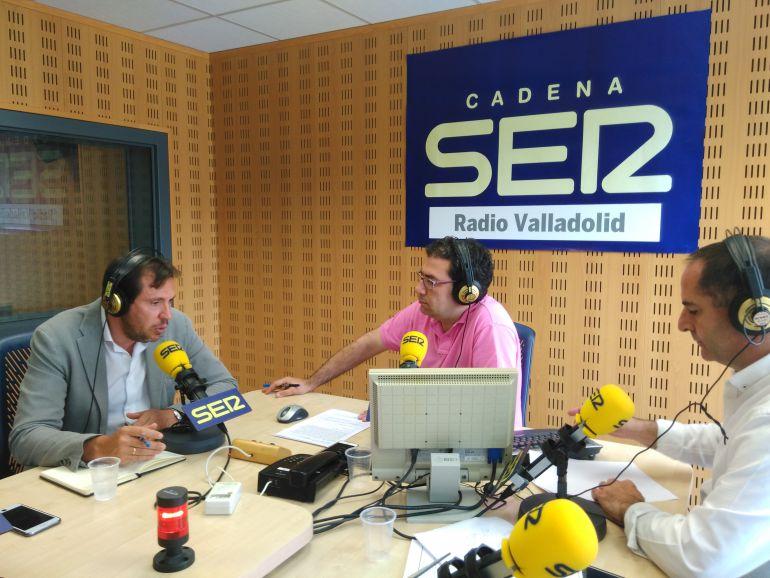Óscar Puente propone la abstención del PSOE para facilitar el Gobierno de Rajoy
