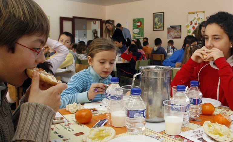 230 ni os comen este verano gracias a los comedores escolares radio valladolid cadena ser - Comedores escolares castilla y leon ...