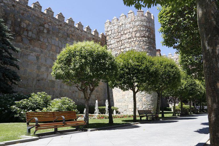 El espacio comprendido entre la acera y la Muralla, en la calle Segundo, podría llevar el nombre de Rodríguez Almeida
