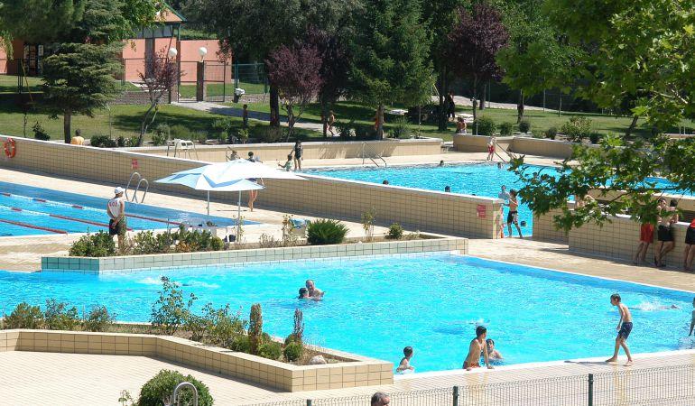 M s d as en la piscina de verano ser madrid norte hora - Piscina villaviciosa de odon ...