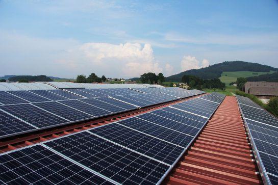 L'impost del Sol posa en alerta el sector de les renovables: L'impost del Sol del Partit Popular posa en alerta el sector de les renovables