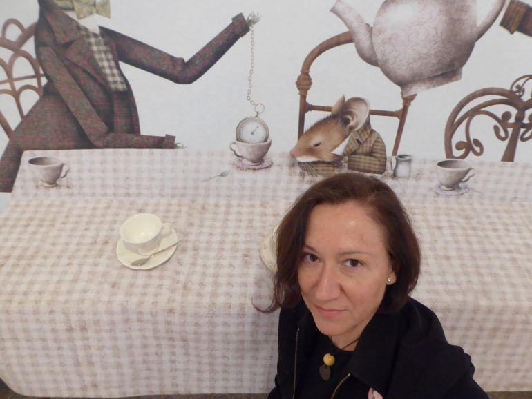 """Isabel Bono: """"Soy escritora y ama de casa"""": """"Disfruto mucho siendo escritora y ama de casa"""""""