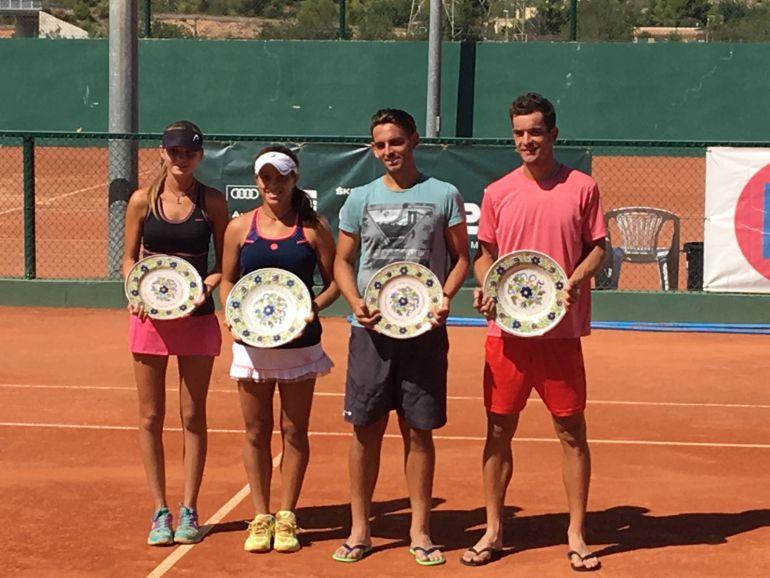 Alex García en Manises con el resto de semifinalistas