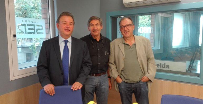 D'esquerra a dreta, Jordi Montanya, Ramon Alturo, i, Carmel Módol, als estudis de Ràdio Lleida