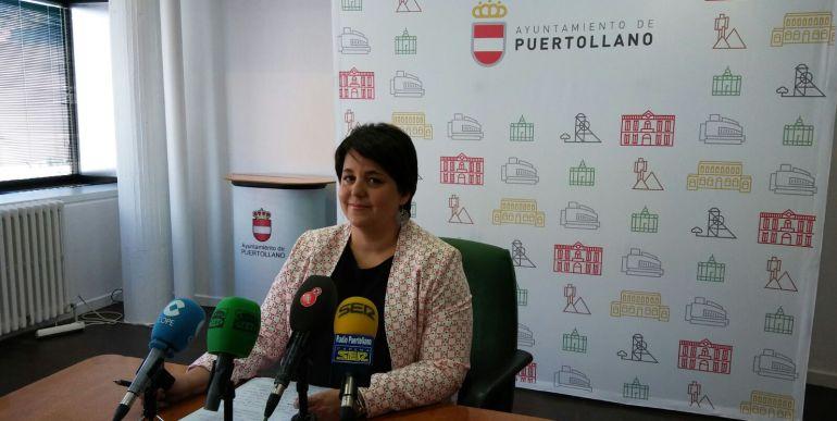 Gloria Mohedano, concejal de integración social