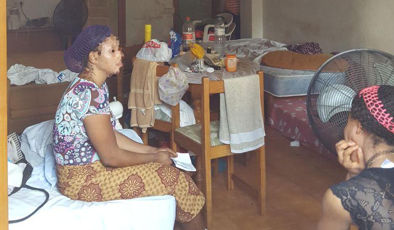 Las chicas vivían hacinadas en pisos de 30 metros cuadrados