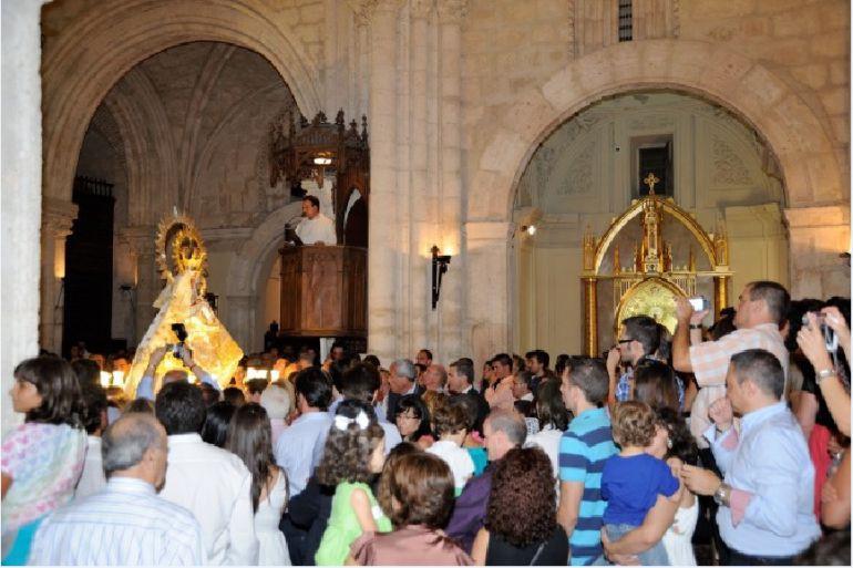 Imagen de la misa de la Virgen de la Peña, en Brihuega