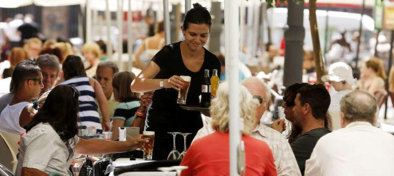Cantabria encabeza el aumento del paro en septiembre for Oficina empleo cantabria