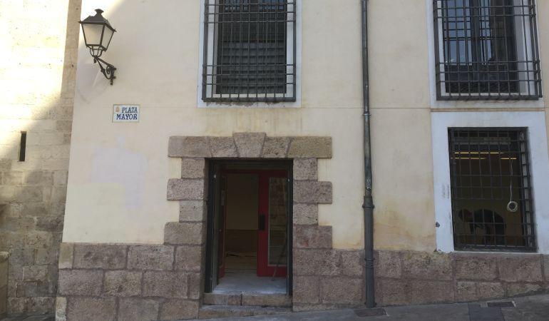 Cuenca casco antiguo globalcaja el casco antiguo recupera for Oficina zona azul talavera